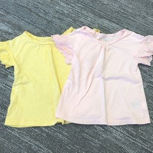 To GAP t shirts 3T excellent condition